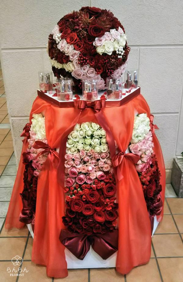HKT48 冨吉明日香様へお祝いスタンド花を納品しました[開店祝い花]