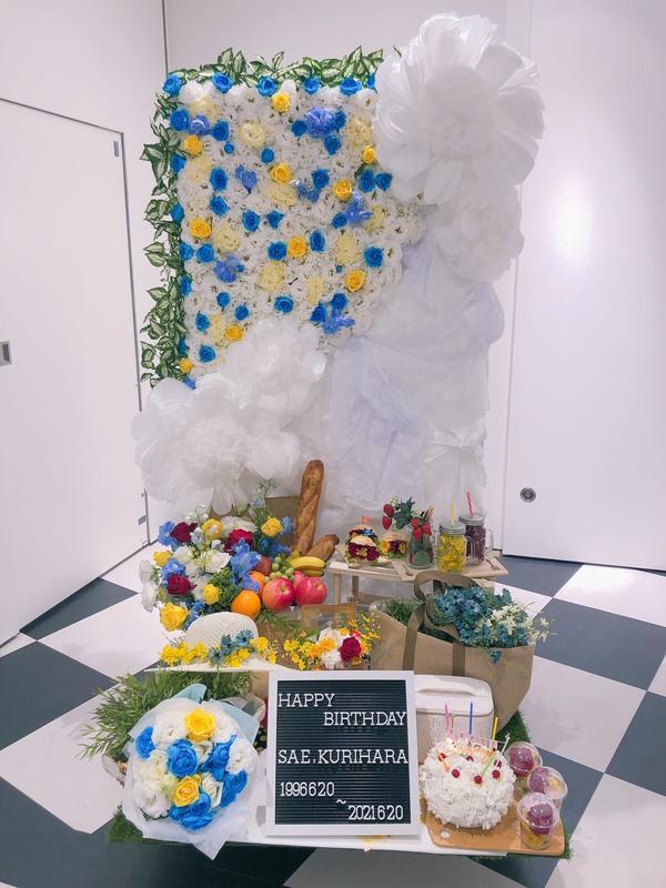 HKT48 栗原紗英様へお祝いスタンド花を納品しました[公演祝い花]